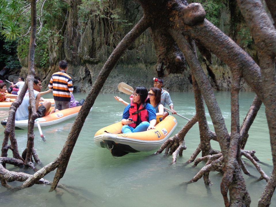 James Bond canoeing